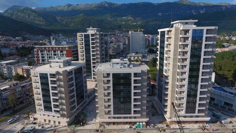 Residential & business complex Fontana Centar Budva