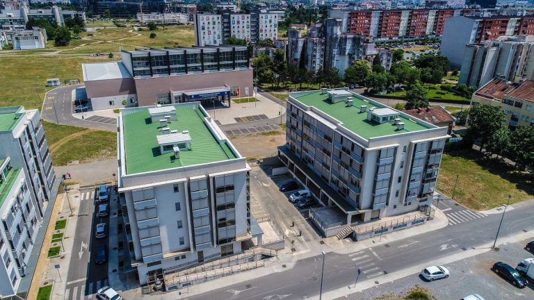 """Residential and business complex """"Tološki apartments"""""""