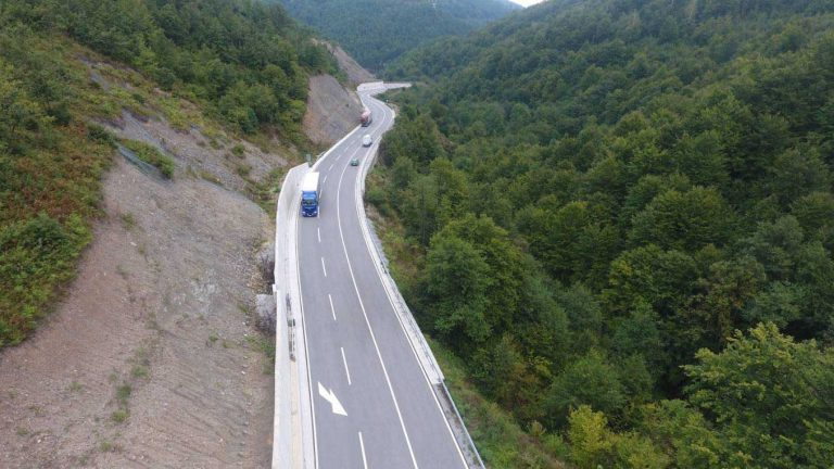 Works on the reconstruction of the main road M-2, section Slijepač most