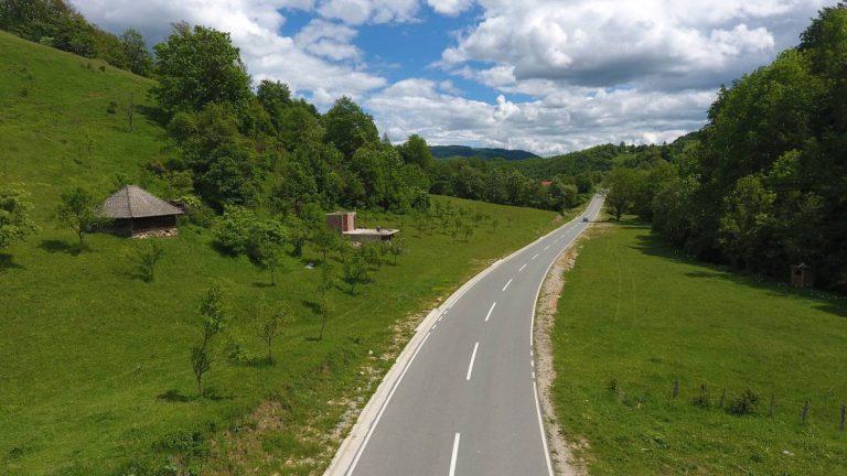 Reconstruction works on the regional road R-10, section Tomaševo – Pavino polje