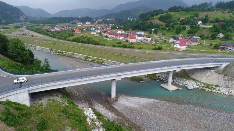 Works on the construction of the bridge on Tara near Kolasin