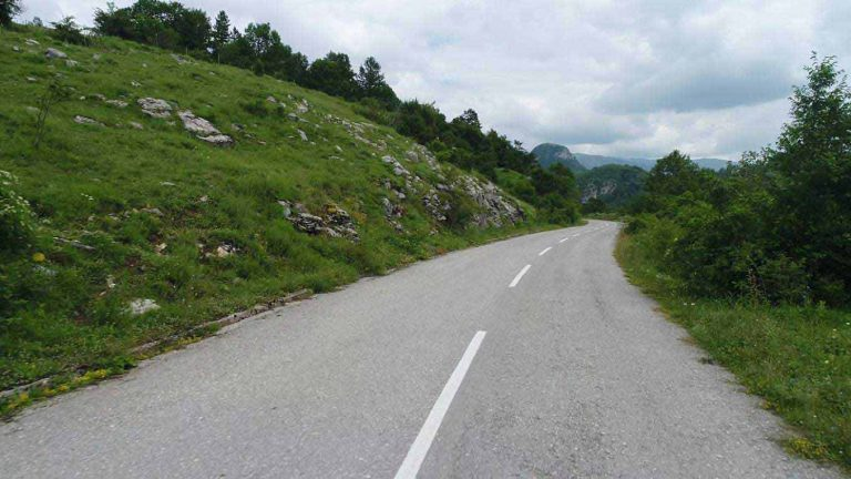 Works on the reconstruction of the regional road Boan-Bukovica