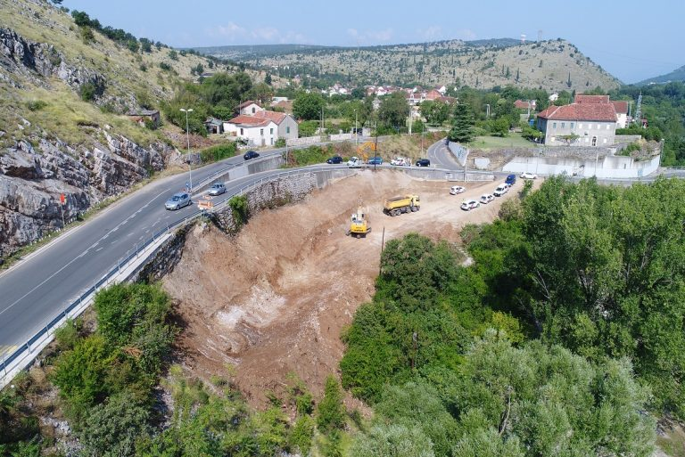 Reconstruction works on the regional road R-23, section Rogami – Spuž